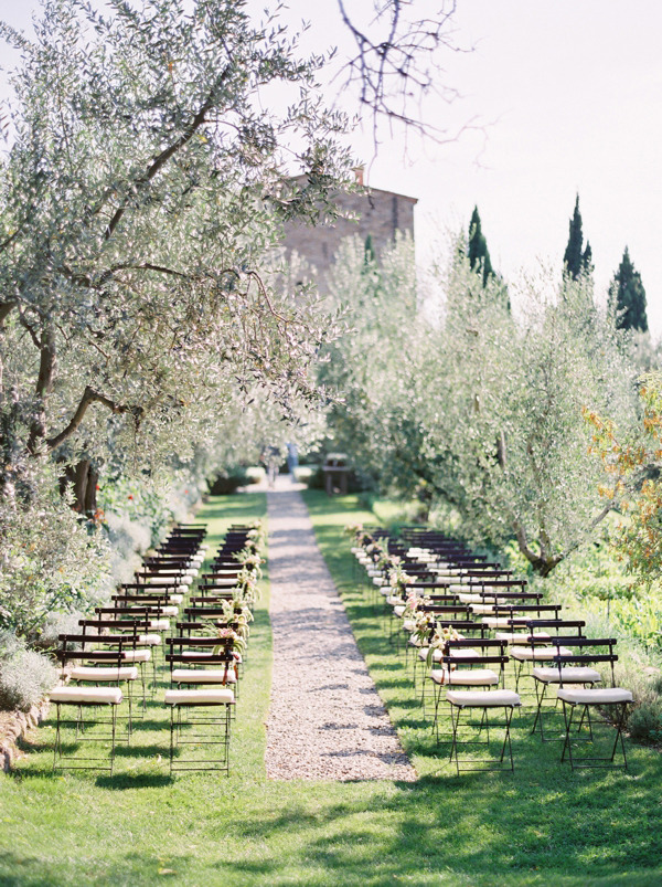 castillo-vicarello-italian-destination-wedding-ceremony